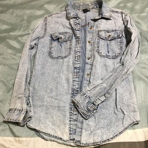 Sporty jean look casual shirt